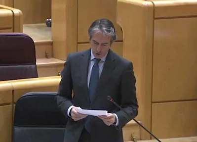 De la Serna anuncia el apoyo a Talavera una semana después de la polémica del PP en el Senado