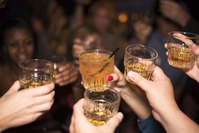 Los bulos sobre alcohol y drogas generan adicciones