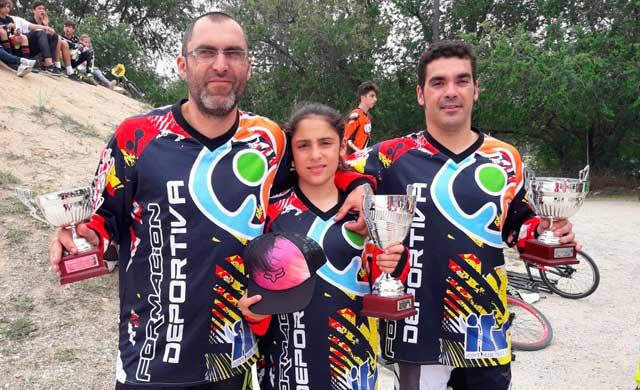 Carla Gómez de gana el Campeonato de Madrid de BMX