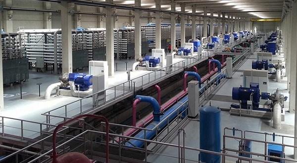 El Gobierno regional apoyará un sistema de bonificación para el precio del agua de las desaladoras
