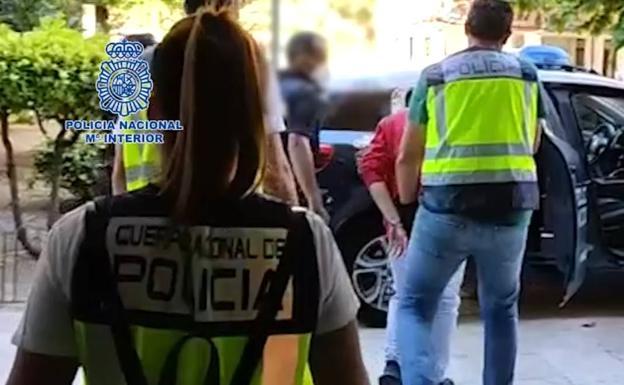 Policía Nacional   Detención de uno de los dos acusados