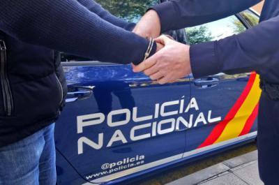 NAVIDAD | La Policía Nacional refuerza la presencia en zonas comerciales de Talavera y Toledo