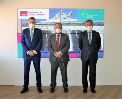 REUNIÓN | Eurocaja Rural y UCLM, colaboran para contribuir al desarrollo de la región