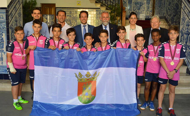 Merecido homenaje al FS Talavera alevín, campeón de Castilla-La Mancha