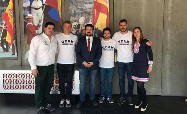 El talaverano Paco Cubelos, integrante del equipo UCAM de Piragüismo