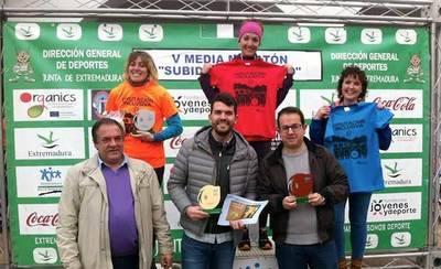 María José Curiel, de Ebora Runners, primera en la 'Subida al Camorro'