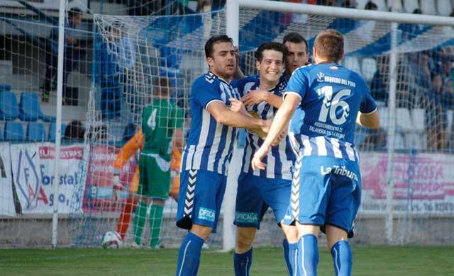 El CF Talavera regala una entrada a los socios para el choque contra el Carrión