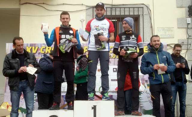 El corredor Pepe Muñoz se impone en el XV Cross Alpino Cebrereño