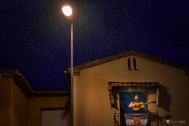 Imágenes de una cuarentena': El cante del León