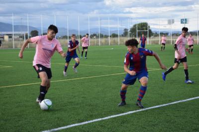 Más de 500 jugadores en la 'gran fiesta del fútbol base'