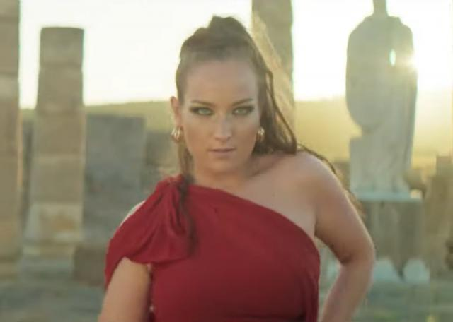 VÍDEO | Bisbal estrena el remix de 'Amor Amé' con la coreografía de la talaverana Triana Ramos