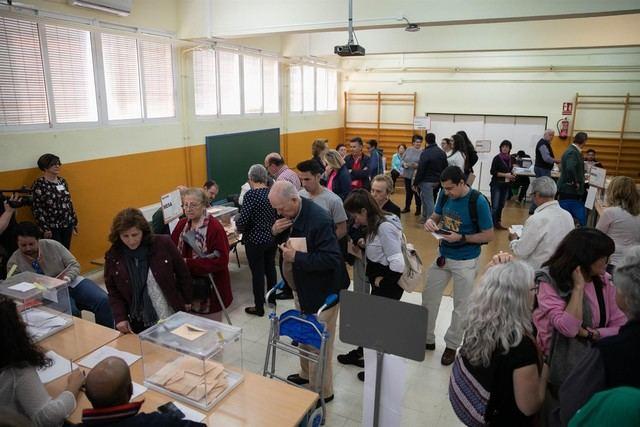 Más de 180.000 ciudadanos atenderán este domingo las mesas electorales y cobrarán 65 euros