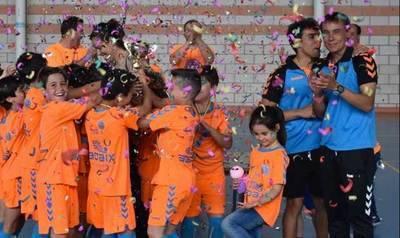 El equipo benjamín C.F. Élite Talavera gana la final regional