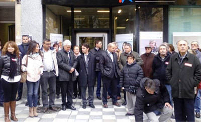 Multitudinario adiós al director de banco asesinado en La Solana