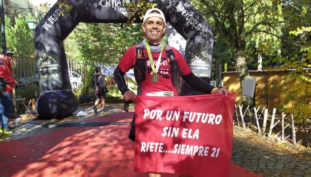 Ernesto Rando recorre 104 km en menos de 12 horas