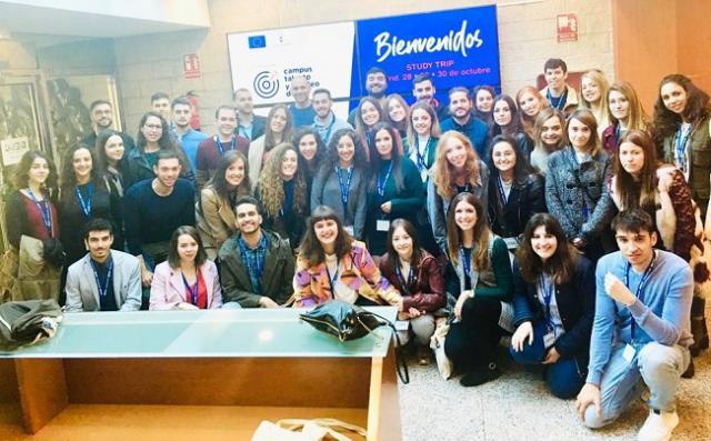 Los alumnos del 'Campus Talento y Empleo Digital' Eurocaja Rural practican con las compañías más valoradas del mundo