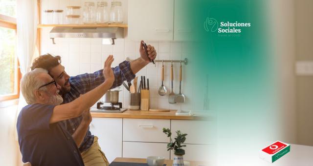 CLM | Fundación Eurocaja Rural y Vodafone benefician a más de 1.800 personas facilitando la labor asistencial online