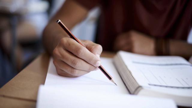 47 detenidos por suplantar a extranjeros para realizar el examen de español