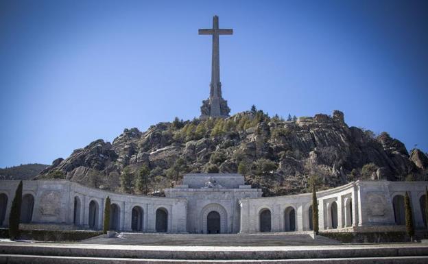 ESPAÑA | El Valle de los Caídos será un cementerio civil y la Fundación Franco ilegal