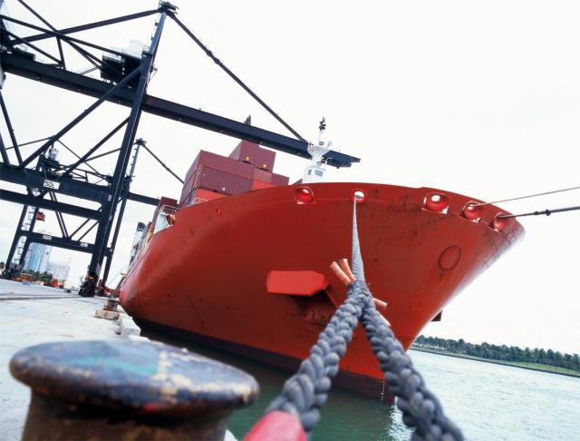 Las exportaciones castellanomanchegas a EEUU caen un 37% hasta julio, de forma previa a la guerra arancelaria de Trump