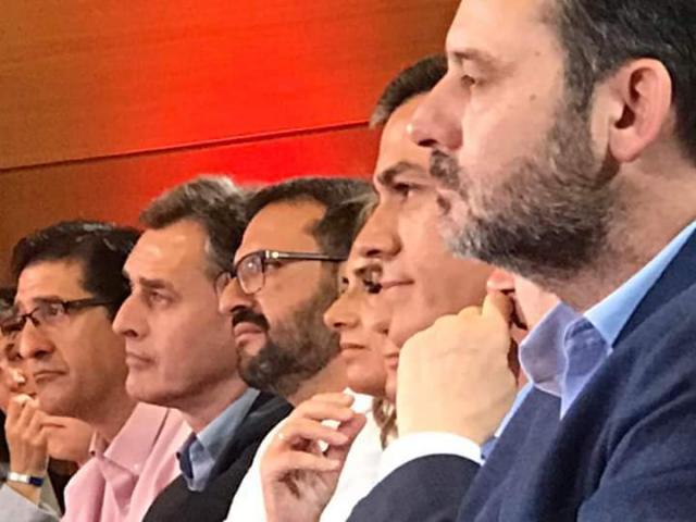 Los alcaldes del PSOE piden derogar la ley de racionalización de los gobiernos locales