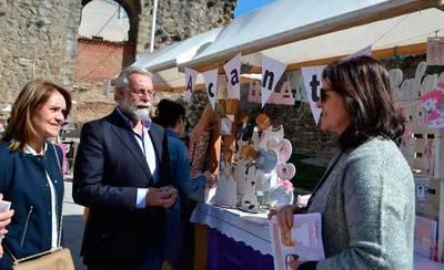 Jaime Ramos, presente en la Feria de Mujeres Artesanas