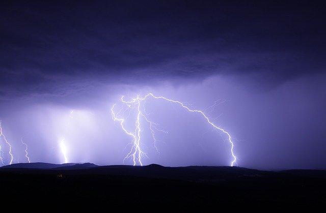 AVISO AEMET | Una 'inusual' borrasca dejará tormentas y granizo