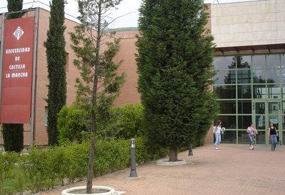 Educación y UCLM acuerdan vincular la financiación a firmar un contrato-programa vía diposición a los presupuestos