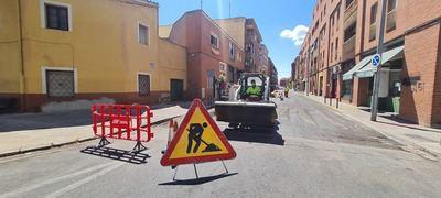 Comienzan los trabajos de asfaltado de una veintena de pasos de peatones