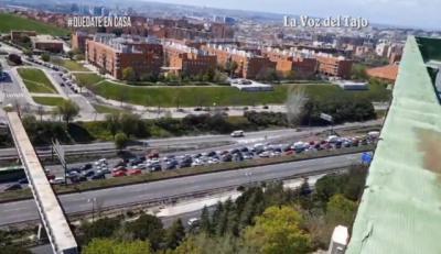 VIDEO | Así está la A3 en la salida de Madrid. La insolidaridad no tiene fin