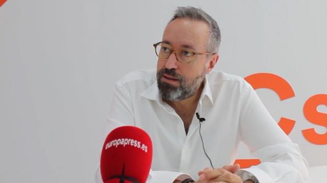 "Girauta anuncia que se retira: ""Yo sin Rivera tampoco quiero estar en política"""