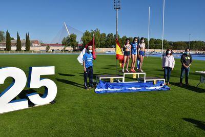 FOTOS | Talavera celebra el 25 Aniversario de la pista de atletismo con su reapertura oficial