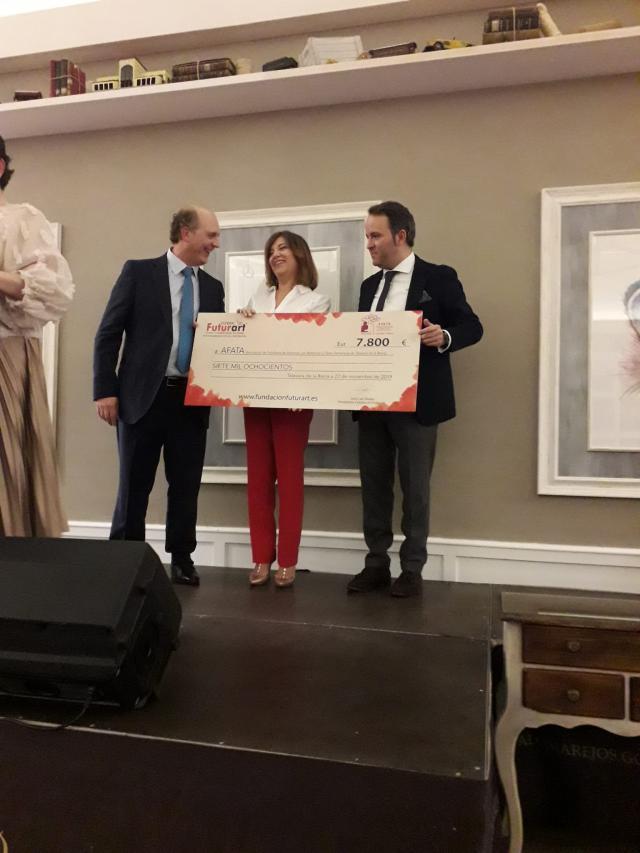 Para AFATA Talavera el cheque solidario de la Fundación Futurart