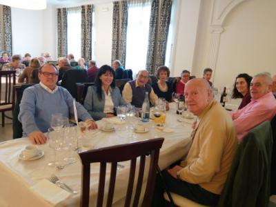 La concejala en una foto de archivo con los miembros de ACOTE