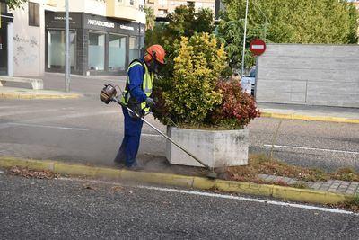 TALAVERA | Limpieza y desbroce en distintos puntos de la ciudad