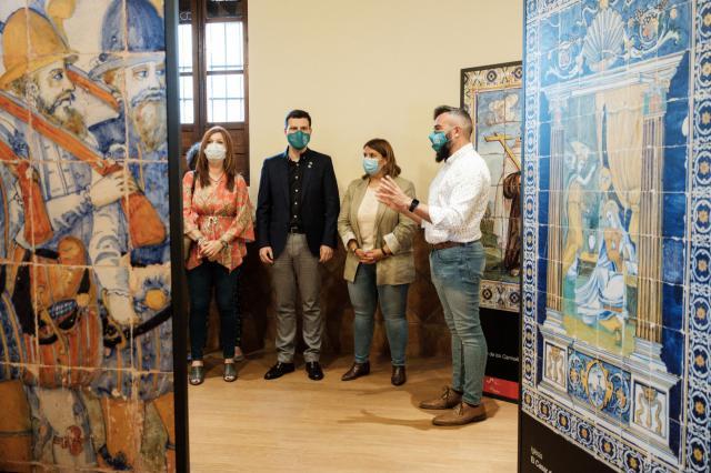 Inaugurada una exposición sobre cerámica en Fuensalida
