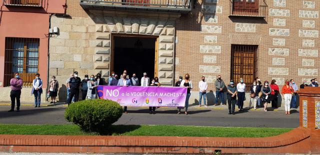 TALAVERA | Minuto de silencio contra la explotación sexual de mujeres y niñas