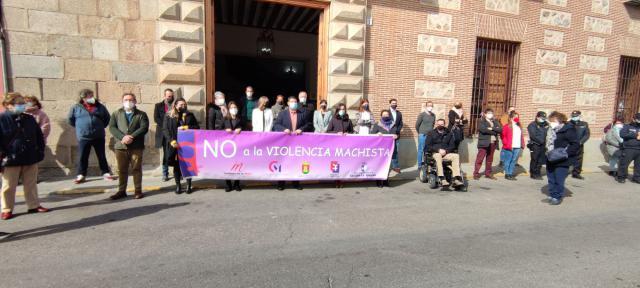 TALAVERA | Minuto de silencio para recordar a las víctimas de violencia de género durante el confinamiento