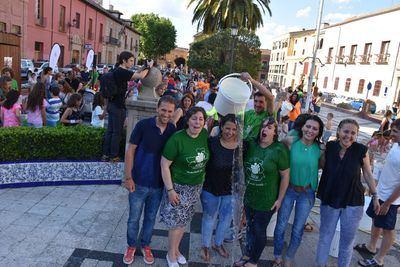 Tita García se moja por un mundo sin ELA