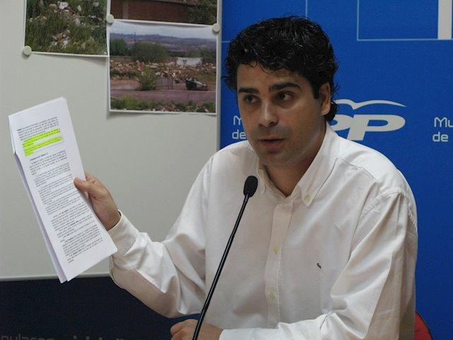 Juan José Alcalde.