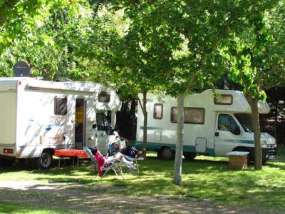 El Gobierno regional amplía el espacio para instalaciones de auto caravanas en campings