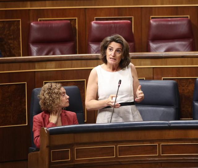 García Élez aborda con la ministra la problemática del agua en la región