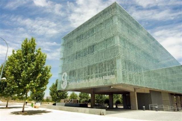 El SESCAM convoca 10 plazas de puestos directivos de libre designación