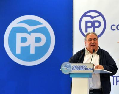 Tirado se retira de la carrera sucesoria en el PP de CLM