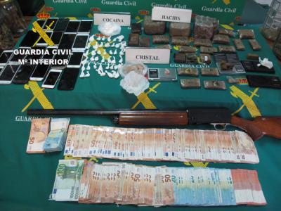Detenidos 14 jóvenes por la venta de marihuana, cocaína, cristal y hachís