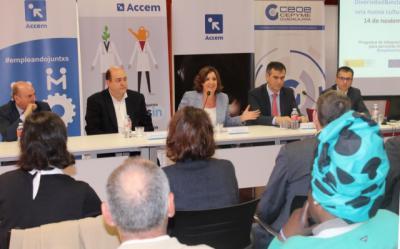 CLM amplía ayudas a contratación indefinida de personas con discapacidad