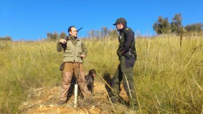 El PSOE se desmarca del Gobierno central y lleva a las Cortes una propuesta en defensa de la caza
