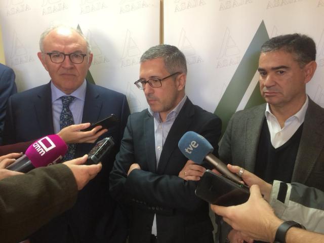 Morán reitera que Murcia necesita el trasvase para necesidades básicas y que se trabaja en la desalación