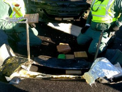 La Guardia Civil interviene 11 kilos de cocaína en un control de carretera