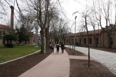 UCLM ayudará hasta con 2.000 euros a alumnos con dificultades económicas
